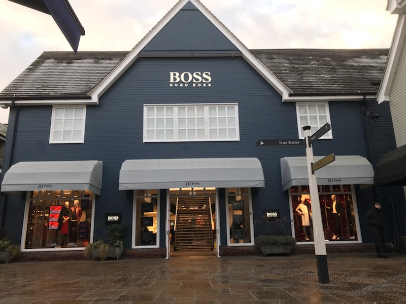 hugo-boss-bicester-village-09