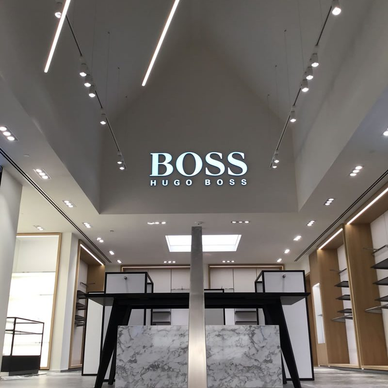 hugo-boss-bicester-village-05